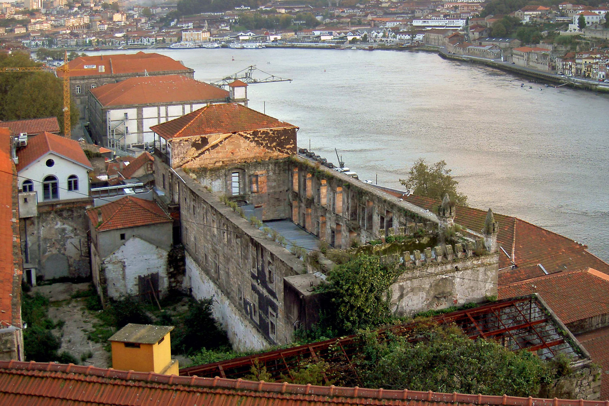 Convento Madre Deus de Monchique no Porto transformado em hotel